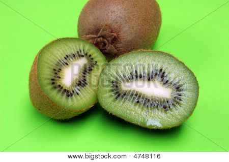Kiwi Halves And Whole