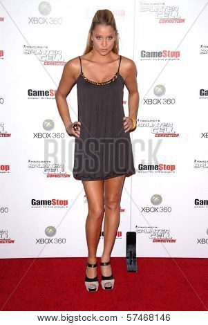 Kristen Renton at the Game Stop and XBOX 360 Premiere of