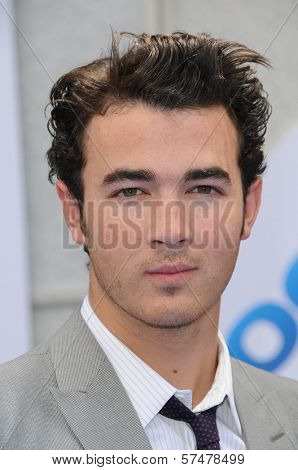 Kevin Jonas  at the