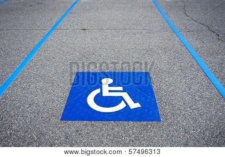 Handicapped symbol disabled parking sign