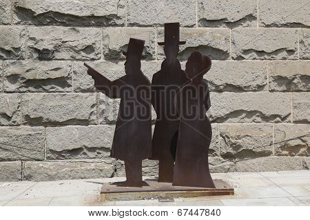 Statues of John Roebling and his family who did the design and construction of Brooklyn Bridge