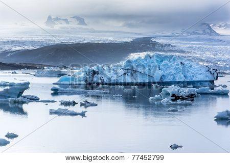Fjallsarlon Iceberg Lake