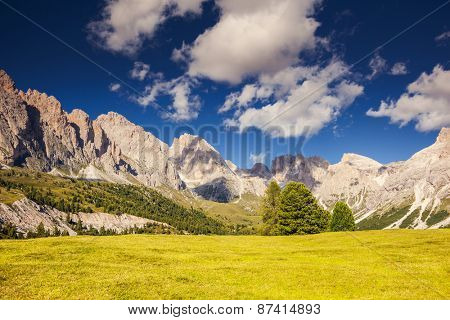 Great view on the Pizes de Cir ridge, valley Gardena. National Park Dolomites, South Tyrol. Location village Ortisei, S. Cristina and Selva Gardena, Italy, Europe. Dramatic unusual scene. Beauty world