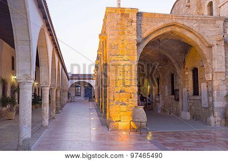 The Narrow Courtyard