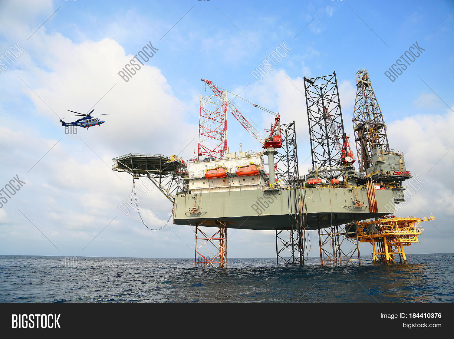Offshore Construction Image & Photo (Free Trial) | Bigstock