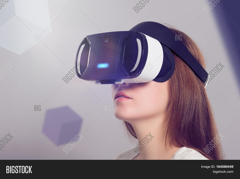 Woman VR Headset Image & Photo (Free Trial) | Bigstock