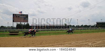 horse race at Churchill Downs, May 27th, 2016