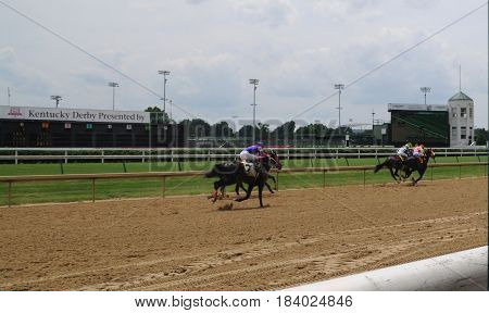 Churchill Downs horse race, May 27th, 2016