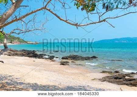 Khao Laem Ya - Mu Ko Samet  is a Thai marine national park in the Gulf of Thailand off the coastline of Rayong