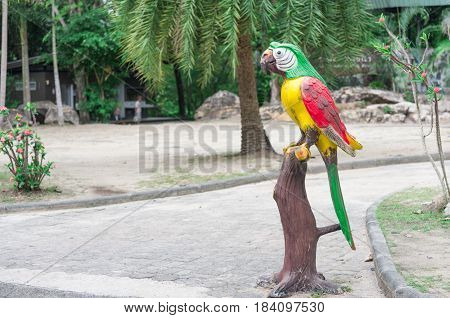 Statue Love bird in the open zoo, Thailand