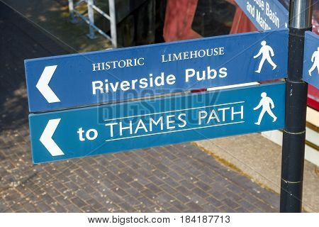 Riverside Pubs And Thames Path Street Sign