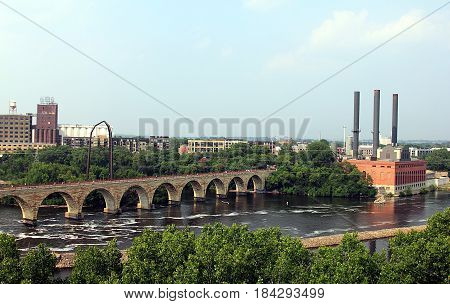 Minneapolis, Minnesota. View on Mississippi River and Stone Arch Bridge