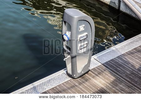 Shore Based Electricity Supply Appliance With Lantern On Top For Boats Power Supply And Battery Charged .