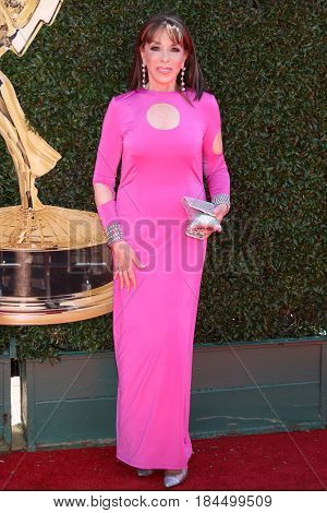 LOS ANGELES - APR 30:  Kate Linder at the 44th Daytime Emmy Awards - Arrivals at the Pasadena Civic Auditorium on April 30, 2017 in Pasadena, CA