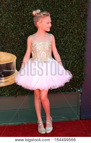 LOS ANGELES - APR 30:  Alyvia Alyn Lind at the 44th Daytime Emmy Awards - Arrivals at the Pasadena Civic Auditorium on April 30, 2017 in Pasadena, CA