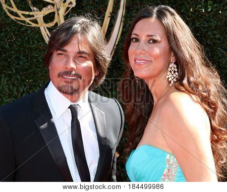 LOS ANGELES - APR 30:  Elizabeth Cameron, Bryan Dattilo at the 44th Daytime Emmy Awards - Arrivals at the Pasadena Civic Auditorium on April 30, 2017 in Pasadena, CA