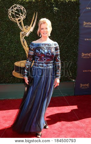 LOS ANGELES - APR 30:  Mary Hart at the 44th Daytime Emmy Awards - Arrivals at the Pasadena Civic Auditorium on April 30, 2017 in Pasadena, CA