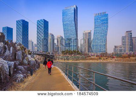 Songdo,south Korea - March 08, 2015: Songdo Central Park In Songdo International Business District,