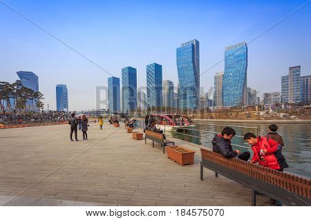 Songdo,south Korea - March 08, 2015: Songdo Central Park In Songdo International Business District,
