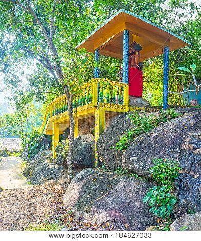 The Wooden Alcove On Rumassala Mount