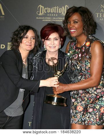 LOS ANGELES - APR 30:  Sara Gilbert, Sharon Osbourne, Aisha Tyler, The Talk in the 44th Daytime Emmy Awards Press Room at the Pasadena Civic Auditorium on April 30, 2017 in Pasadena, CA