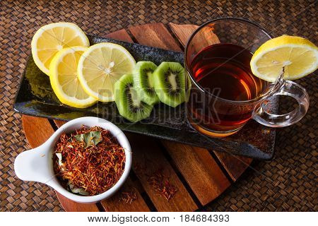 Safflower herbal tea for reducing blood pressure.