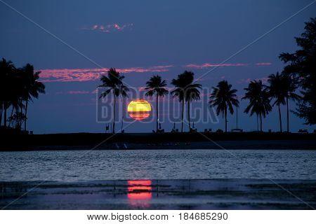 The beautiful big sunset beyond the sea.