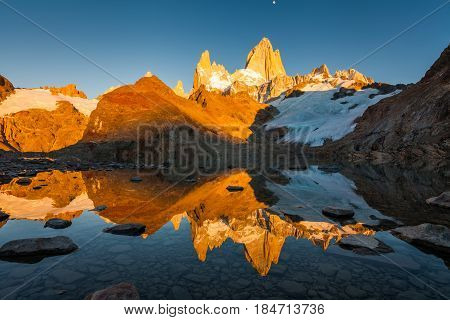 Dawn over the Lago De Los Tres. Fitz Roy, Patagonia, Argentina