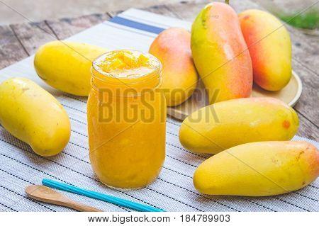 mango fruit mango smoothies beverage fruit mango on summer