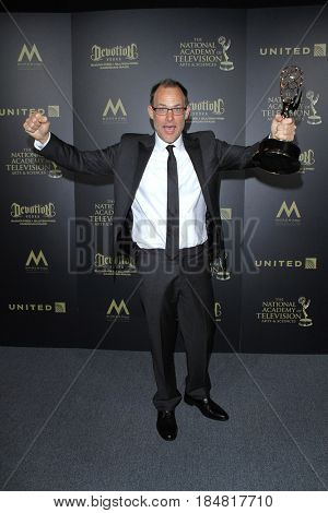 PASADENA - APR 28: John Chester, Outstanding Directing Special Class at the 44th Daytime Creative Arts Emmy Awards Gala at the Pasadena Civic Center on April 28, 2017 in Pasadena, CA
