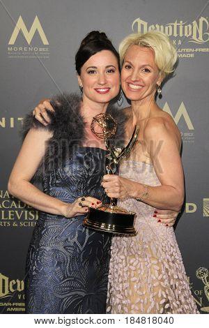 PASADENA - APR 28: Rene Brunson, Glenda Maddox at the 44th Daytime Creative Arts Emmy Awards Gala at the Pasadena Civic Center on April 28, 2017 in Pasadena, CA