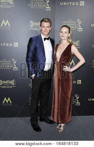 PASADENA - APR 28: Chad Duell, Chloe Lanter at the 44th Daytime Creative Arts Emmy Awards Gala at the Pasadena Civic Center on April 28, 2017 in Pasadena, CA