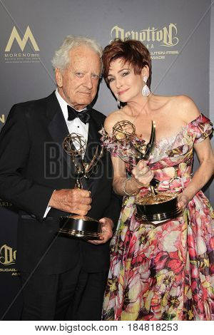 PASADENA - APR 28: Nicholas Coster, Carlyn Hennesy at The 44th Daytime Creative Arts Emmy Awards Gala at the Pasadena Civic Center on April 28, 2017 in Pasadena, California