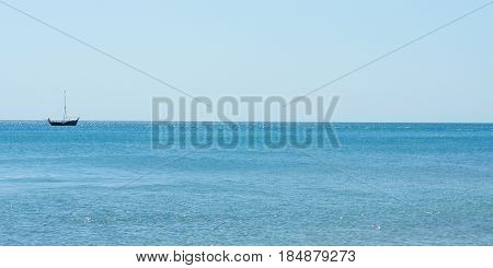 The boat of fishermen came out into the sea during the day.