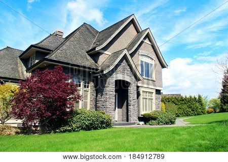 Beautiful upscale house in a Canadian neighborhood.