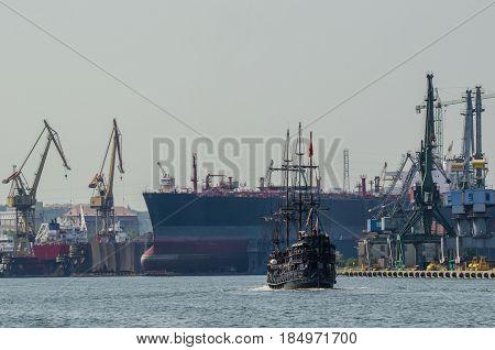 SHIPYARD - Ship in dry docks yard and walking ship