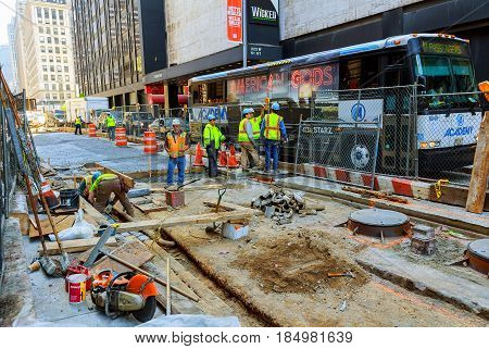 New York City, Usa - 04, 2017 : Road Works In Manhattan And Road Construction