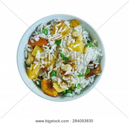 Mangaudi Ki Tehri - Indian Food, Mangaudi , Rice, Potato  Preparation With Seasonal Vegetables