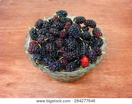 Mulberry Fruit Color Derives From Anthocyanins, Mulberry In Crystal Plat On Wooden Table