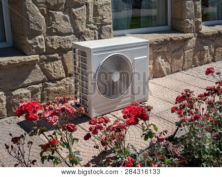 Air Conditioner And Heat Pump Outdoor Unit