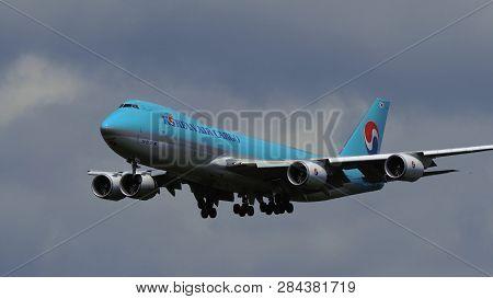Frankfurt Am Main, Germany - July 20, 2017: Boeing 747-8b5(f) Hl7639 Of Korean Air Cargo Approaching