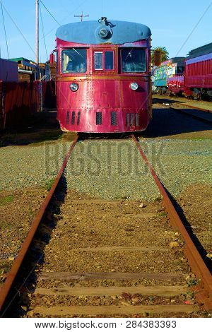 January 19, 2019 In Ft Bragg, Ca:  Vintage Locomotive Taken At The Skunk Train Rail Depot In Ft Brag