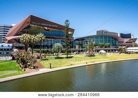 31st December 2018, Adelaide South Australia : Adelaide Convention Centre On Riverbank And Torrens R