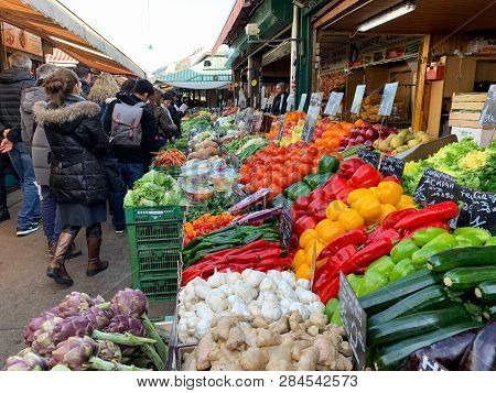 Vienna, Austria - February 17, 2019: Many Locals And Tourists Visit The Naschmarkt Market To Relax A