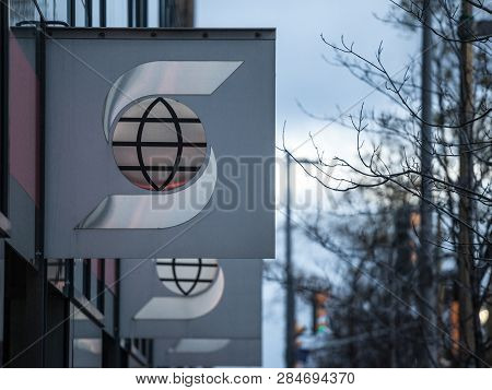 Ottawa, Canada - November 10, 2018: Scotiabank Logo, In Front Of One Of Their Banking Center In Otta
