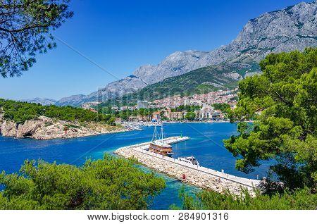 Makarska Riviera, Croatia - 4 July, 2017: View Of The Resort Town Of Makarska On A Summer Day, In Ma