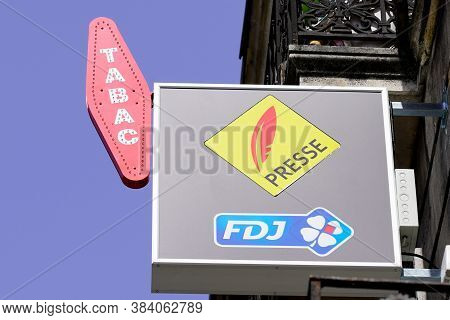 Bordeaux , Aquitaine / France - 09 01 2020 : Fdj Press Tabac And Sign Logo Of France National Lotter