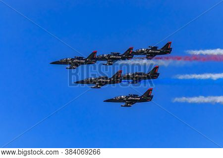 San Francisco, Usa - October 7, 2017: Patriots Jet Team Aerobatic Team Aero L-39 Albatros Jets In Fo