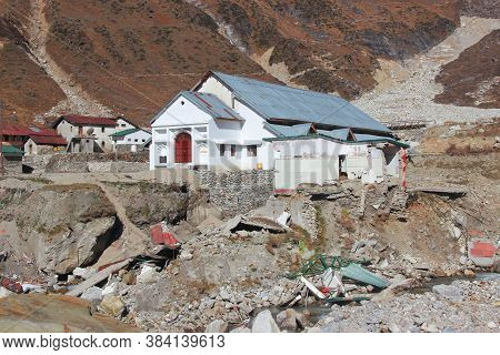 Uttarkashi,uttarakhand/india- June 17 2013: Collapsed Houses During Kedarnath Disaster 2013 In Uttar