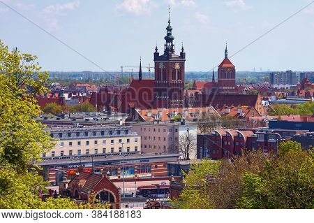 Gdansk, Poland - May 14, 2017: View Of The Panorama Of The Old Town In The Historical Part Of Gdansk